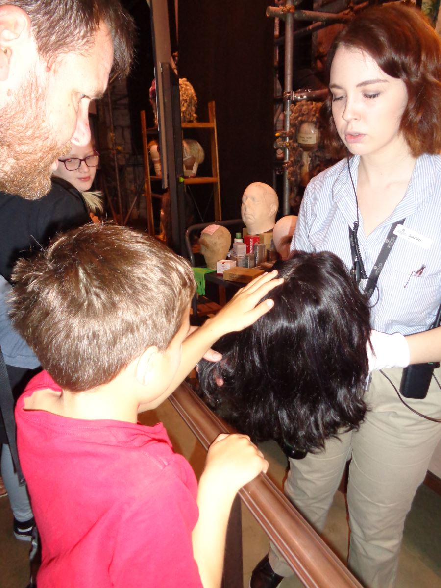 Children feeling Snapes wig from Harry Potter movie